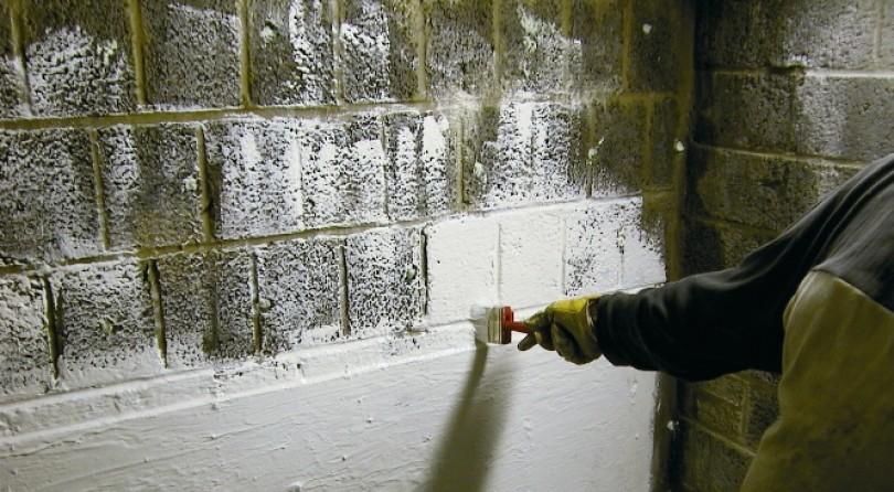 Deux traitements possibles pour une cave humide